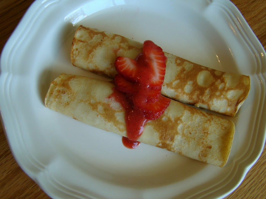 Strawberry-Crepes-288-291