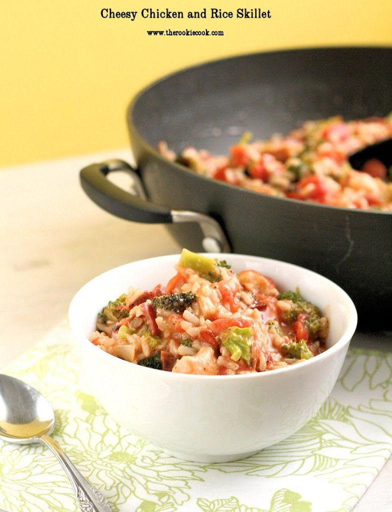 Cheesy-Chicken-and-Rice-Skillet-3-text1
